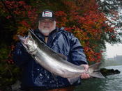 Larry B. with a Hoh River fall chinook.